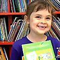 Mordue des livres à 5 ans