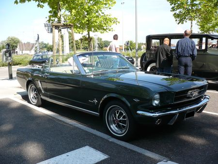 FORD_Mustang_28
