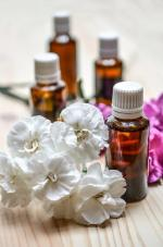 essential-oils-1433693_960_720