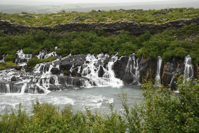Islande, cascades d'Hraunfossar et de Barnafoss_1