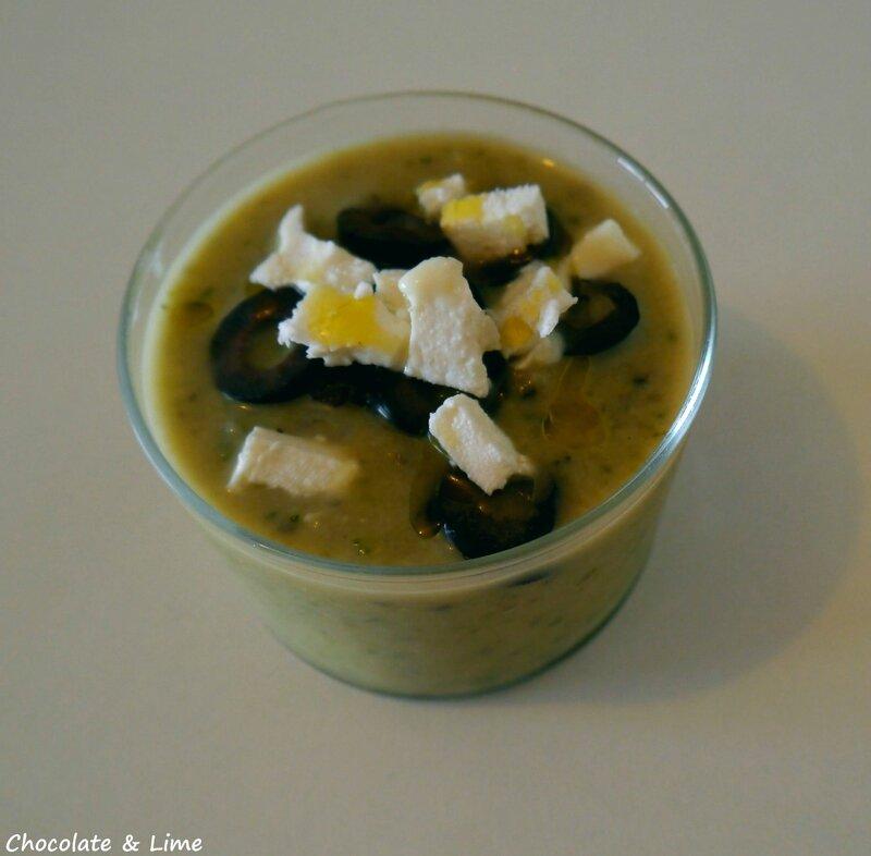 Soupe_glacée_courgettes_olives_chèvre