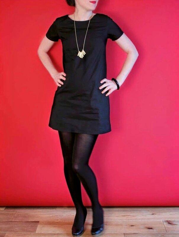 robe-noire-carmen
