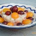 Tartare de st jaques, yuzu, bourrache et groseille à maquereaux rouges