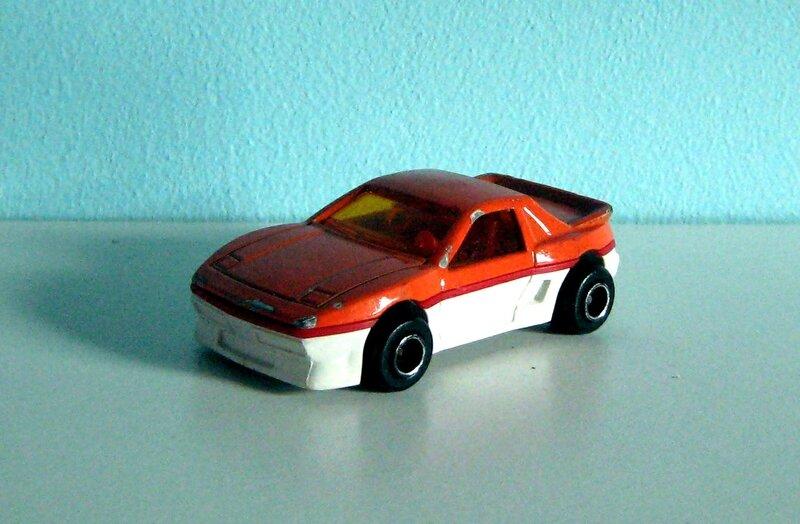 Pontiac fiero (Majorette)