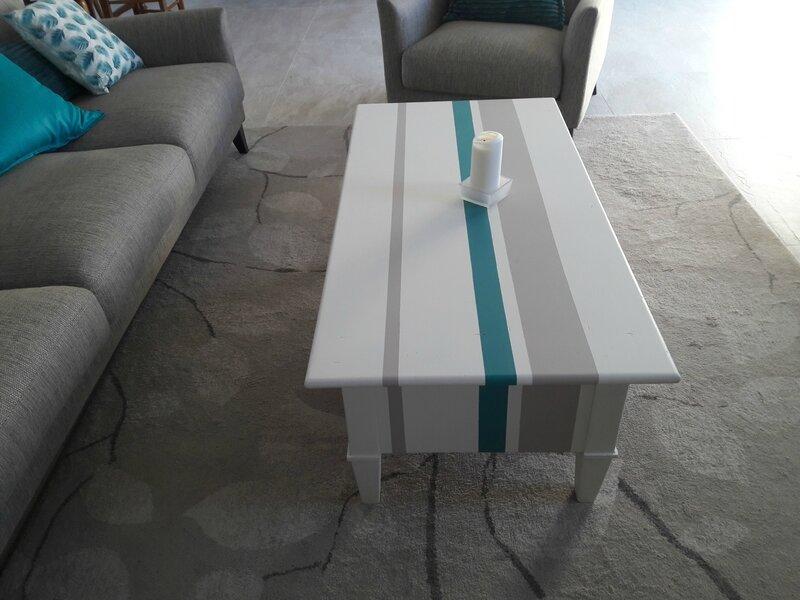Table de salon relookée 2 Mme C