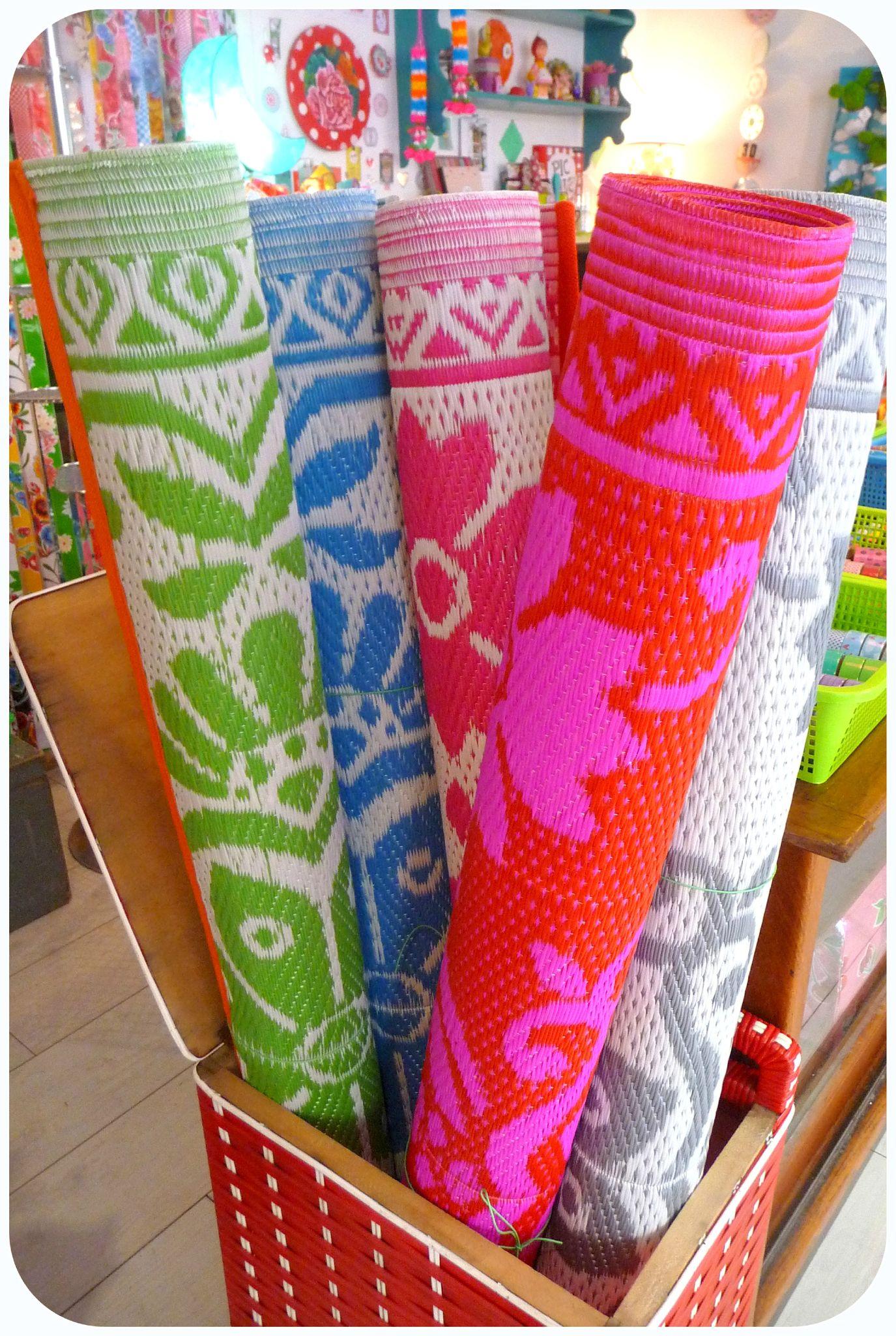Nattes plastique color es photo de articles paillette - Tapis africain en plastique ...