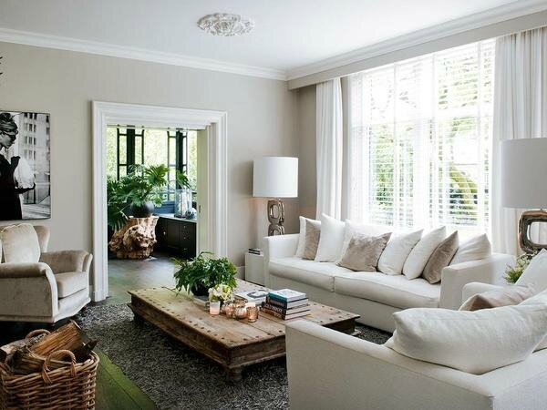 Un int rieur faussement classique sonia saelens d co for Decoration maison classique