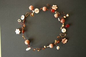 collier_metallique_chocolat