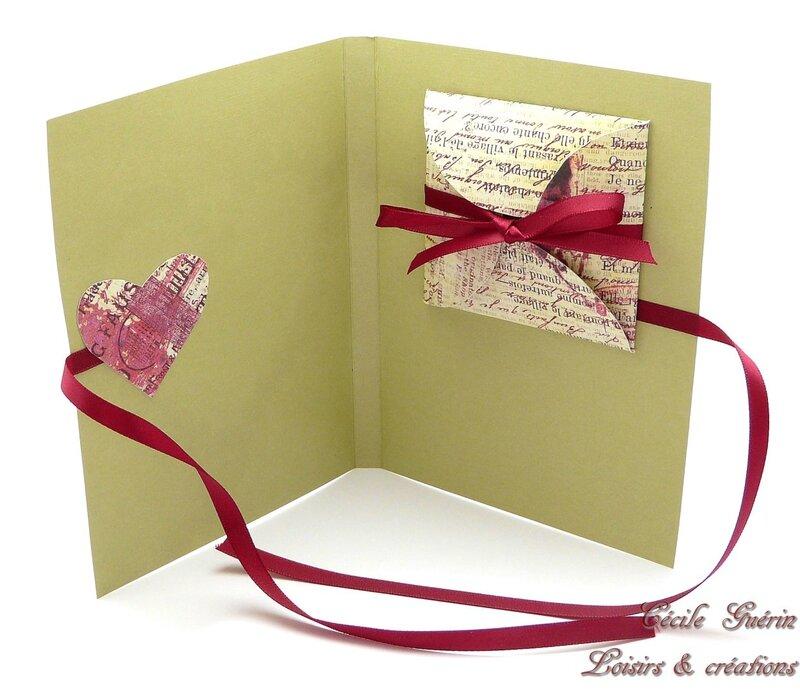 Carte surprise verte coeur rose - écrin fermé - blog