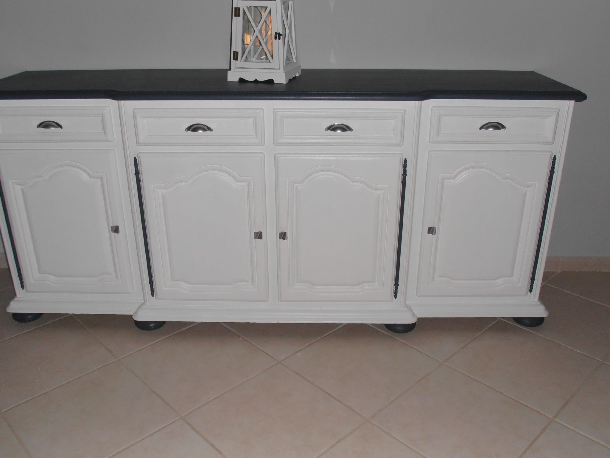 Cuisine repeinte en gris for Customiser meuble en bois