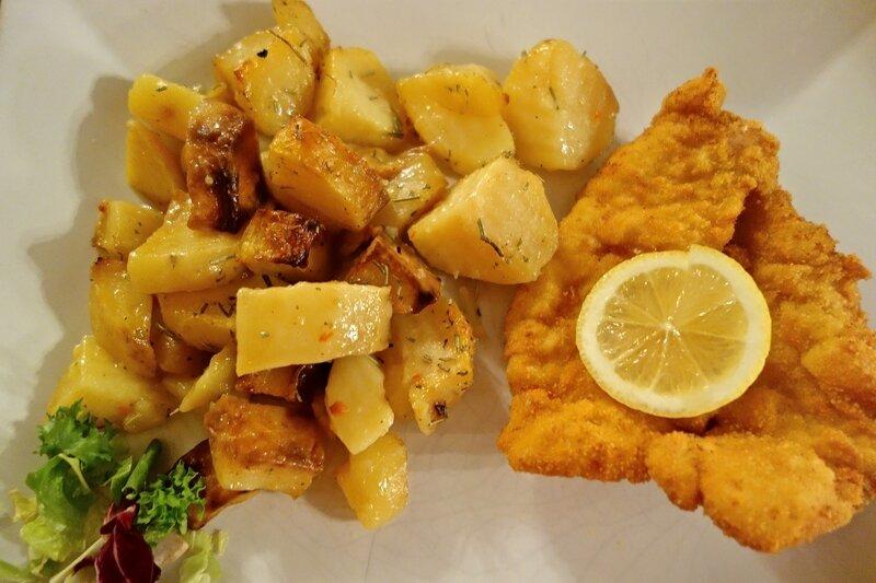 escalope panée, patates sautées