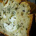 Cake à la menthe et fromage de chèvre