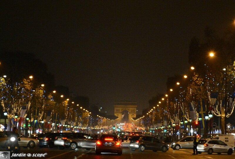 Marchés de Noël à Paris sur les Champs Élysées
