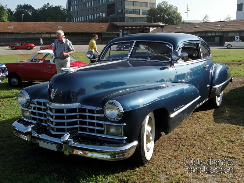 cadillac-62-club-coupe-1947-01