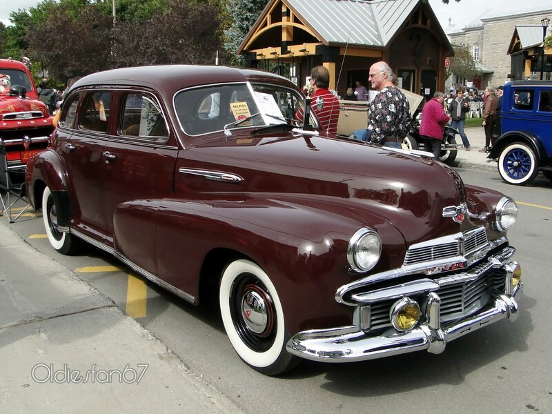 oldsmobile-sixty-b44-sedan-1942-a