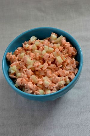 Tartare de saumon cuit et d'avocat sur lit de riz vinaigré (14)