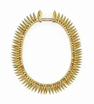 an_impressive_gold_necklace_kerala_south_india_late_19th_century_d5604172h