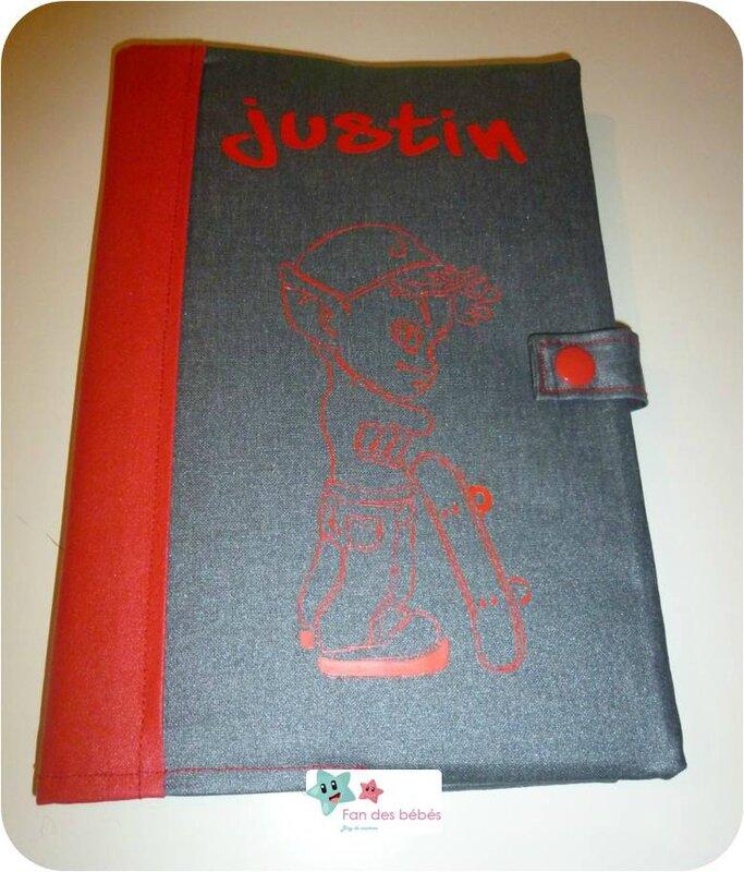 protege carnet de santé Justin 3