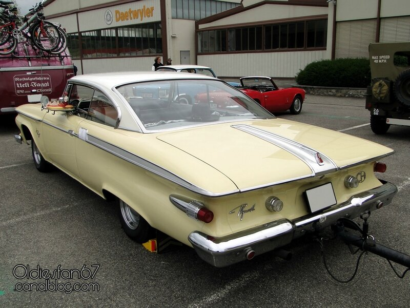 plymouth-fury-coupe-1961-02