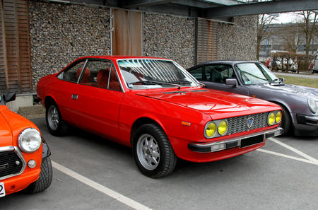 Lancia_beta_coup__serie_1_de_1975__23_me_Salon_Champenois_du_v_hicule_de_collection_