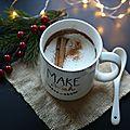Chocolat chaud au lait de noisettes