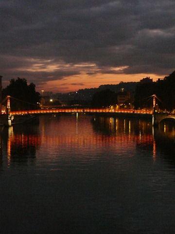 Lyon 187