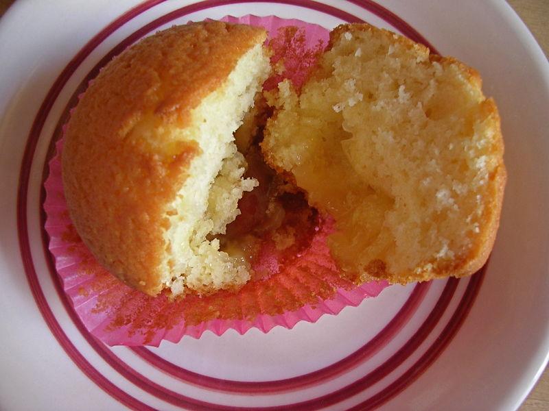 Muffins au yaourt fourrés au lemon curd