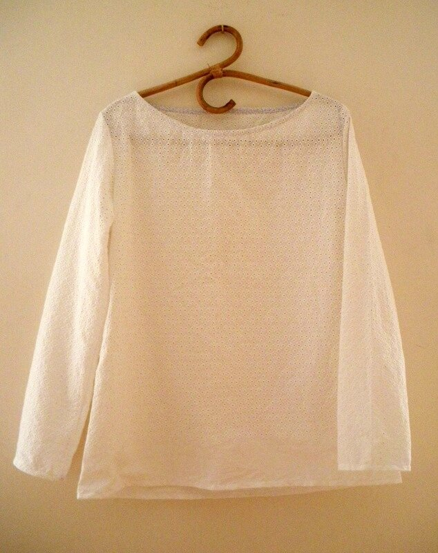 Confortable broderie anglaise (10)