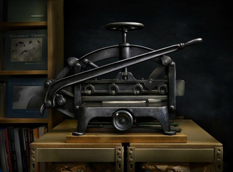 lenswork_guillotine_cutter_a