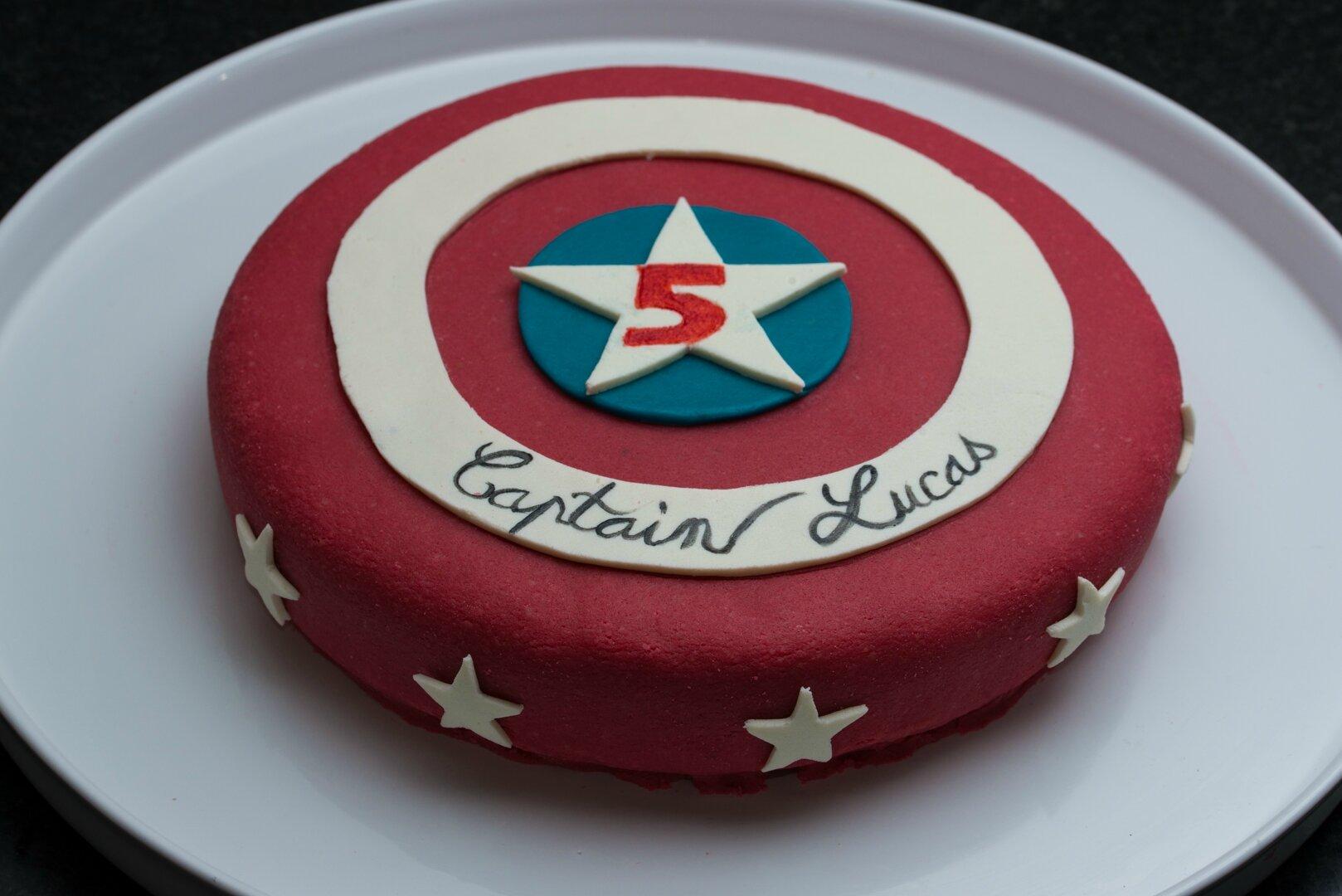 deco gateau captain america
