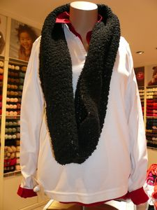 Snood pour vendeuse magasin Phildar 1