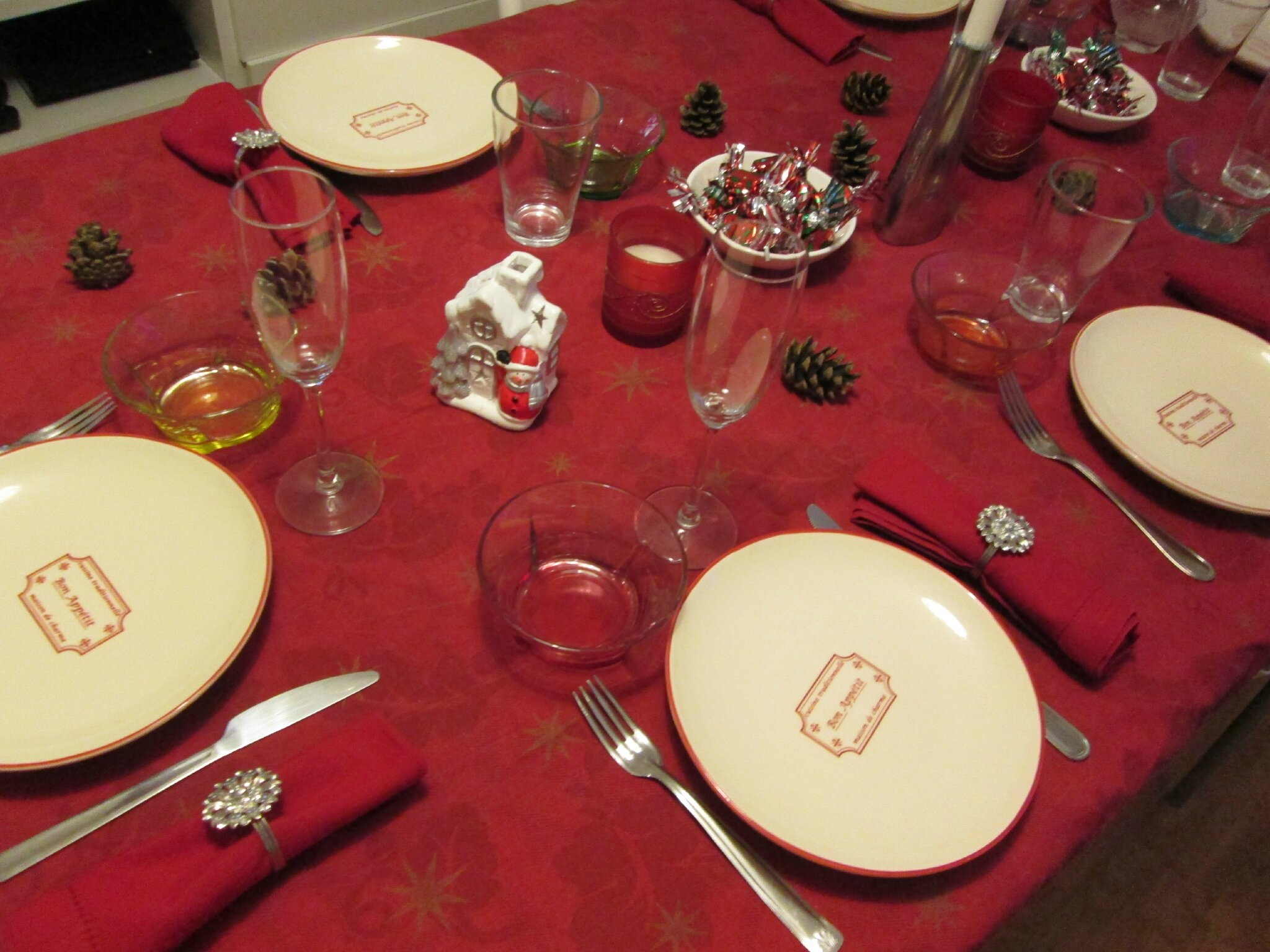 Decoration de table jour de l 39 an 2014 la cuisine de christelle - Deco de table jour de l an ...