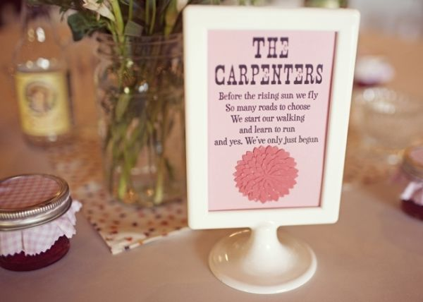 berry_pink_wedding_ideas_08