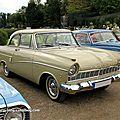 Ford taunus 17M P2 de luxe coupe de 1960 (9ème Classic Gala de Schwetzingen 2011) 01