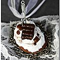 Collier chantilly chocolat café