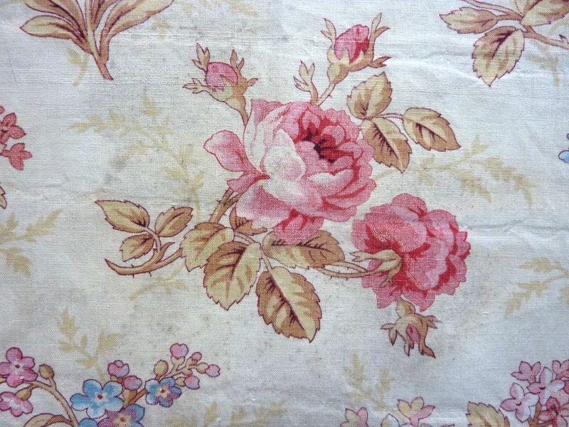 986 tissu 19e roses anciennes fleuri ancien boutis l 39 univers textile - Tissus fleuris anglais ...