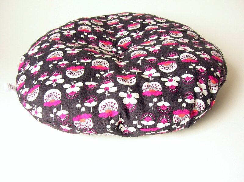 coussin gris neon pink 1