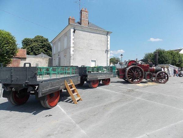 0630 Chitenay 19,20 et 21 juillet 2013-Tracteur vapeur + remorques passagers