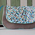 sac en bandoulière marron et bleu motif géométrique triangle Sabrina M