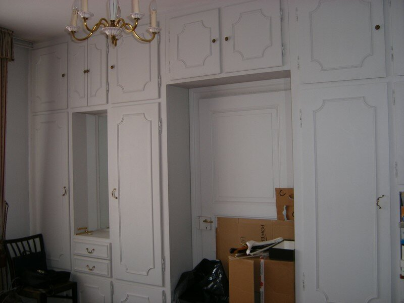 armoire murale chambre a coucher design de maison. Black Bedroom Furniture Sets. Home Design Ideas