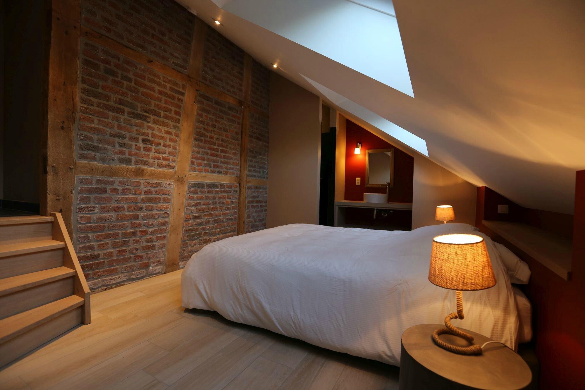 La decobelge hotels chambres d 39 h tes b b relais et for Chambre belge des traducteurs