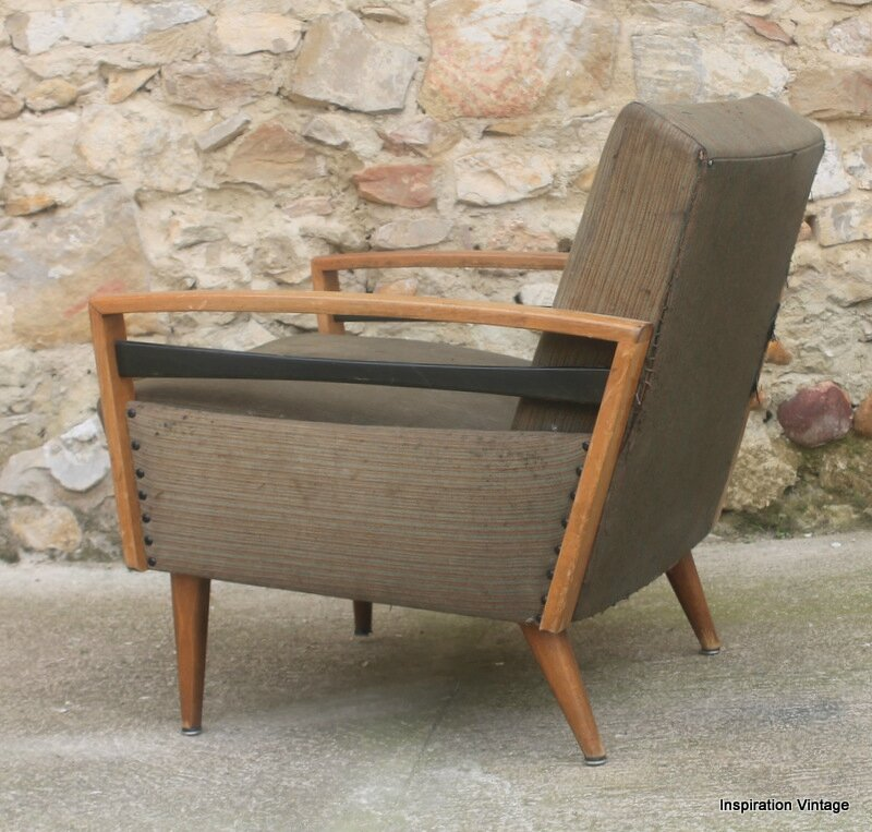 paire de fauteuils 60 39 s a restaurer inspiration vintage. Black Bedroom Furniture Sets. Home Design Ideas