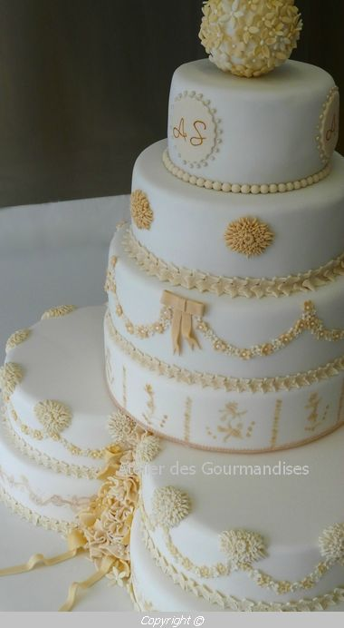 Wedding cake Nîmes