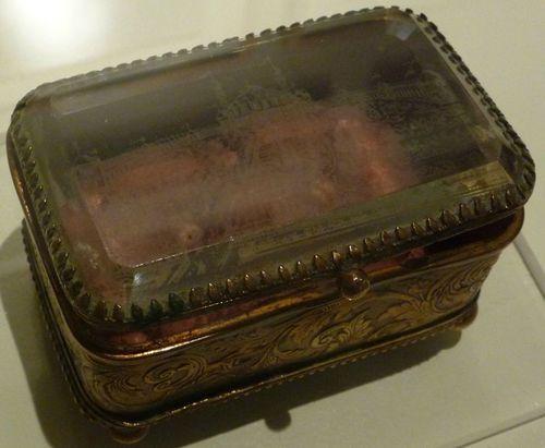 1878 Petite boîte souvenir gravée