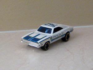 Dodge charger police coupé de 1969 de chez Hotwheels (2011) 01