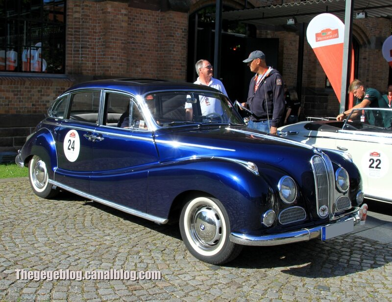 Bmw 502 saloon (Paul Pietsch Classic 2014) 01