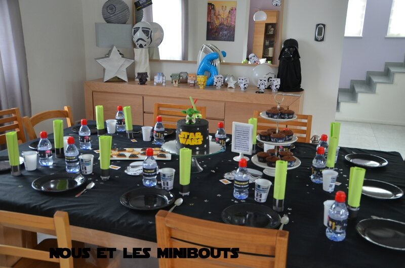un anniversaire star wars tu organiseras nous et les minibouts. Black Bedroom Furniture Sets. Home Design Ideas