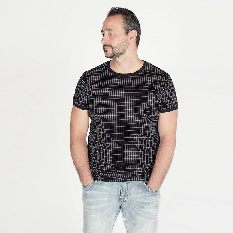 Grill-Black-and-White-Seeyouatsixfabrics-French-terry-18