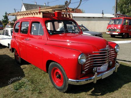 Renault colorale prairie vhicule d'incendie 1950 1956 31e Randonne Internationale des Vendanges de Rustenhart 2011 1