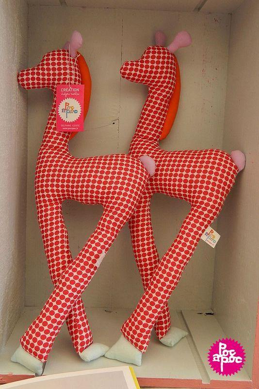 girafe,pois,douou,doudou decoratif,decoration,chambre enfant,enfant,poc a poc blog
